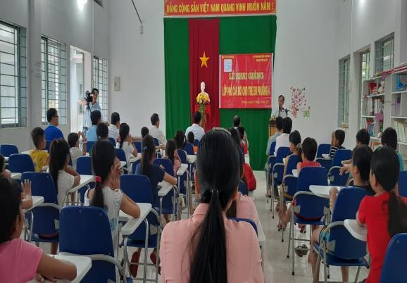 Khai giảng lớp phổ cập bơi cho học sinh trong dịp hè tại Phường 4